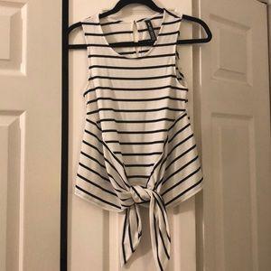 Striped tie tank